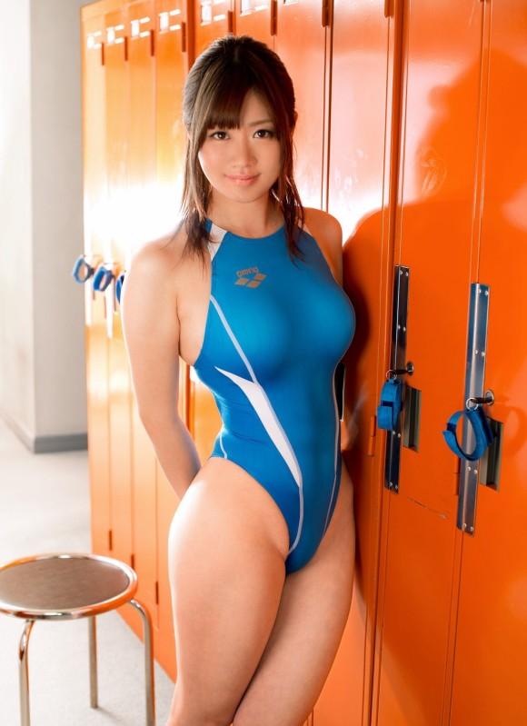【競泳水着エロ画像】競技用なのになんでこんなにエロいんだ!と思うくらいハイレグな競泳水着お姉さん達!(29枚)