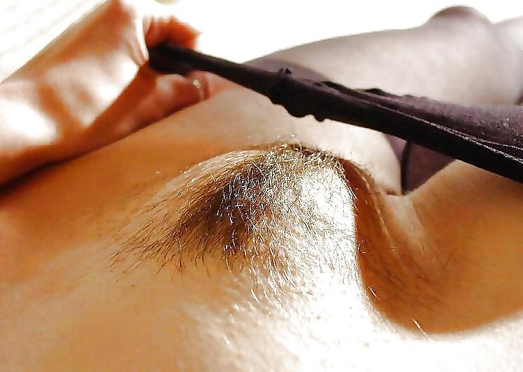 【モリマンエロ画像】ぷっくりと膨らんだ柔らかなモリマンを見ているとプニプニしたくなりません?(28枚)