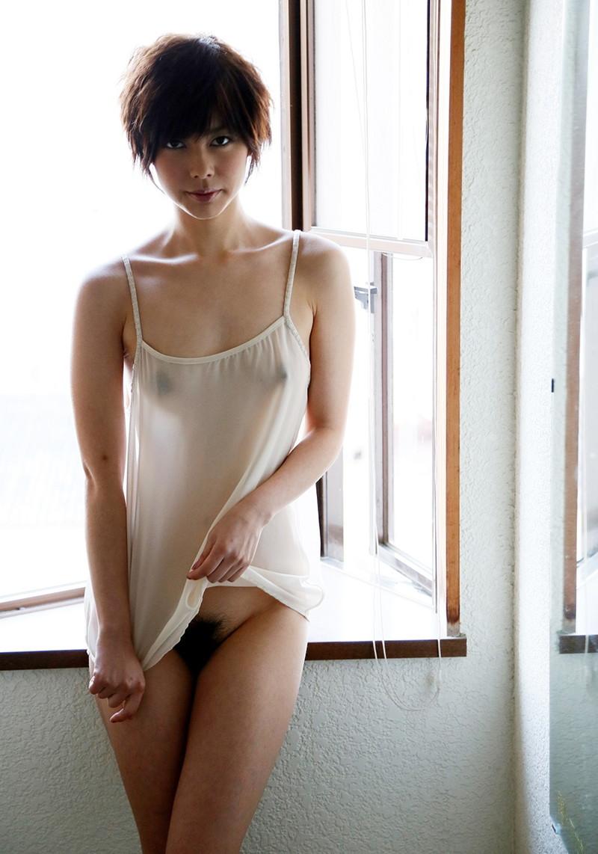 透けすけ下着丸見えミニスカート スケスケのキャミソールがエロすぎて堪らない!