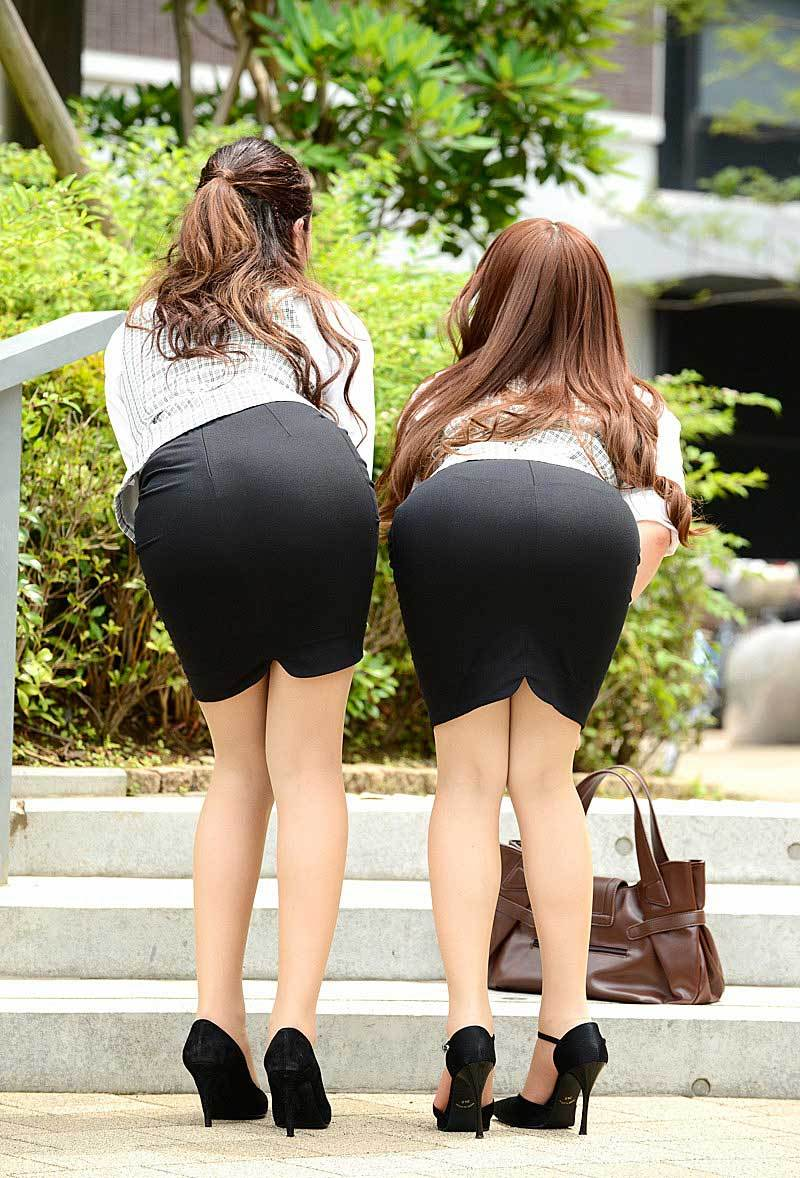 【タイトスカートエロ画像】タイトスカートから覗く太ももや美脚に夢中に!?(27枚)