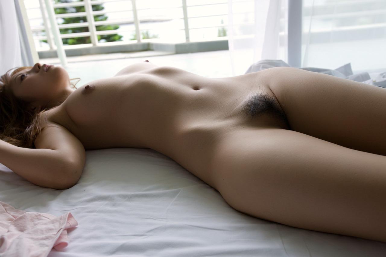 【事後エロ画像】ヤッたあとのぐったり感を見ているともう一度股間を呼び覚ます!?(27枚)