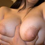 【乳輪エロ画像】ムチムチの巨乳や爆乳の大きな乳輪にそそりっぱなし!?(27枚)
