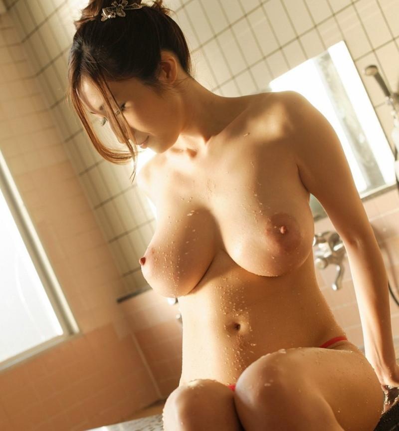 【巨乳エロ画像】プルプルしてそうな綺麗な大きなおっぱいってやっぱり素敵!(31枚)