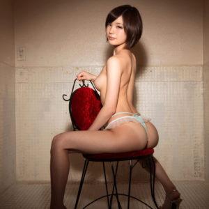 【美脚エロ画像】後ろ向きで見る美しいお尻とスラっとした美脚!(35枚)