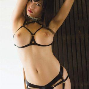 【ボンデージエロ画像】S女でもM女でも着るとエッチな雰囲気漂うコスチューム!(27枚)