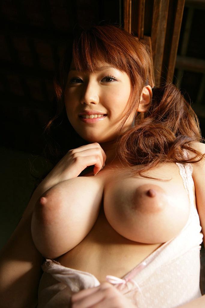 【巨乳エロ画像】ムハー!おっきいおっぱいいっぱぱいぱい!(30枚)