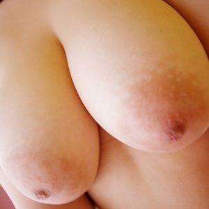 【乳輪エロ画像】大きい乳輪が魅力的な美女にときめいちゃう画像集!(56枚)※03/31追加