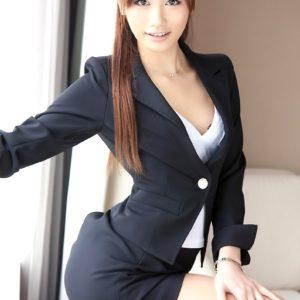 【スーツエロ画像】ビシッとジャケット着てるカッコイイOLさんとしたいこと色々!(25枚)