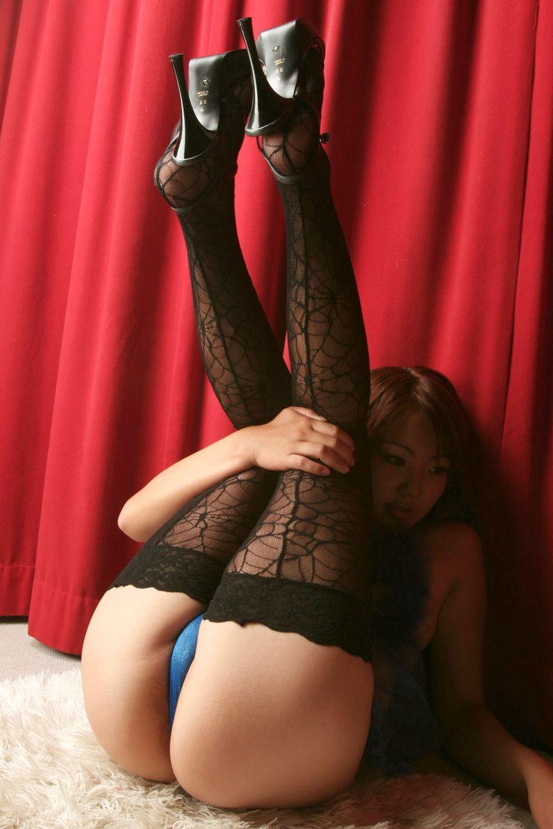 【抜けるエロ画像】エッチナースや綺麗なお尻などヌード中心の画像をまとめました!(30枚)
