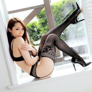 【網タイツエロ画像】長くて細い美脚に網タイツという脚フェチ歓喜の画像各種!(28枚)