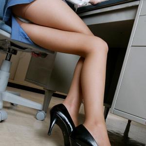 【OLエロ画像】OLが着ているタイトスカートとヒールの誘惑度は強烈!(28枚)