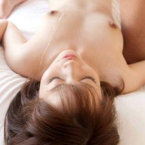 【ぶっかけエロ画像】白い柔肌を更に白く染めるザーメンぶっかけのエロ画像!(42枚)