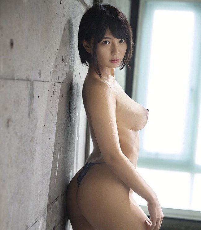 【ショートボブエロ画像】愛くるしくキュートな髪型ボブヘアの美女のヌードやセックス画像!(26枚)