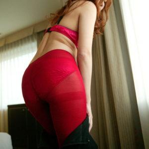 【カラータイツエロ画像】ド派手なタイツからパンツが時には透けたり…(19枚)