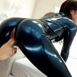 【抜けるエロ画像】エッチなオッパイやお尻でヌいて欲しい!(30枚)