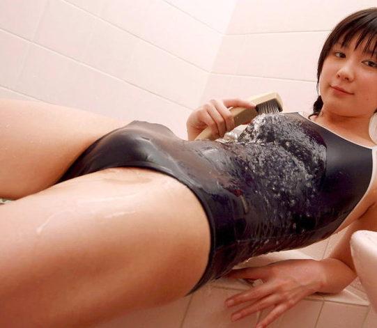 【モリマンエロ画像】ぷっくり膨らんで柔らかそうな女の子の恥丘(17枚)