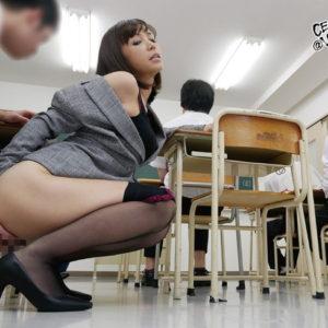 【女教師エロ画像】男子なら誰でも美人の先生に憧れるよねぇ(30枚)