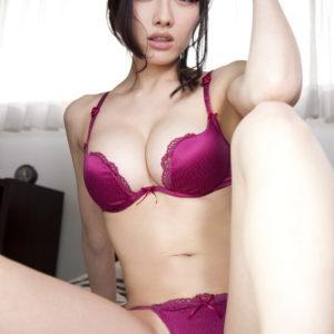 【パープル下着エロ画像】色気が凄い紫色のセクシーランジェリー(20枚)