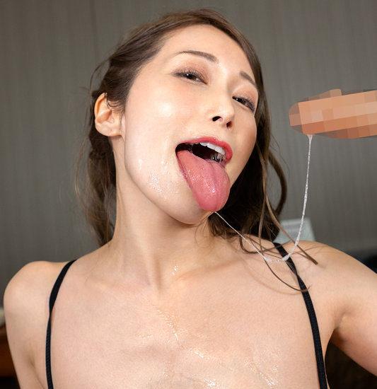 【唾液エロ画像】唾液たっぷりでキスしたり舐めてくる痴女!(15枚)