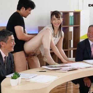 【変わったエロ画像】面白い体位とか妙なシチュエーションでセックス(23枚)