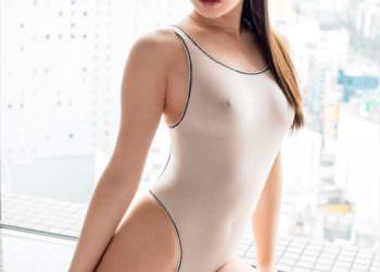 【スケスケ水着エロ画像】これで泳ぐお姉さんはもはや変態!?スケスケすぎて裸と同じの水着がエロすぎる!?(28枚)