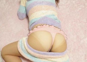 【寝尻エロ画像】言わずと知れた夜這いしたくなる寝尻の魅力!(22枚)
