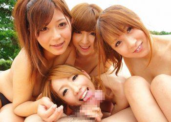 【セックスエロ画像】時には笑顔を見せながらエロい行為を楽しむ美女達に股間ももっこり!?(28枚)